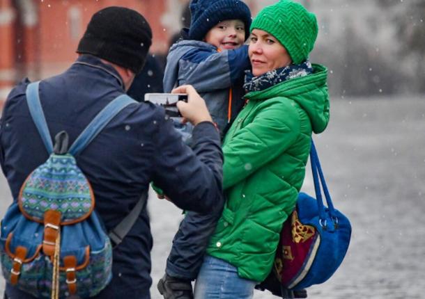 Семьям с детьми московский мэр упростил порядок получения социальных выплат