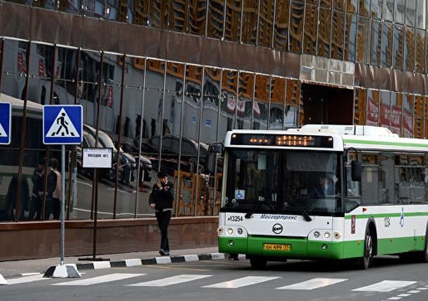 В Москве начали проверили автобусы